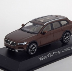 1:43-Volvo V 90 Cross Country-2017-smeđi-Norev