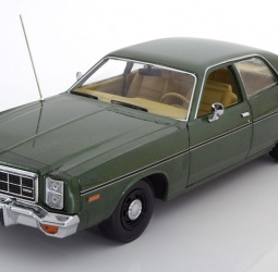 1:18-Dodge Monaco-film The Hunter-1977-1978-tamno zeleni-Greenlight