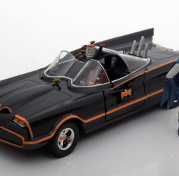 1:24-Batmobile-Classic TV Series-1966-crni-Jada