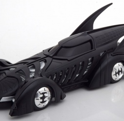 1:24-Batmobile-film Batman Forever-1995-crni-Jada