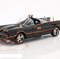 1:18-Batmobile-Classic TV Series-1966-crni-Jada