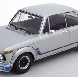1:18-BMW (E10) 2002 Turbo-1973-1974-srebreni-Minichamps